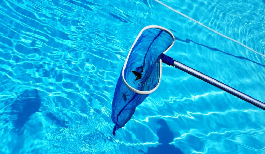 accessoires nettoyage piscine