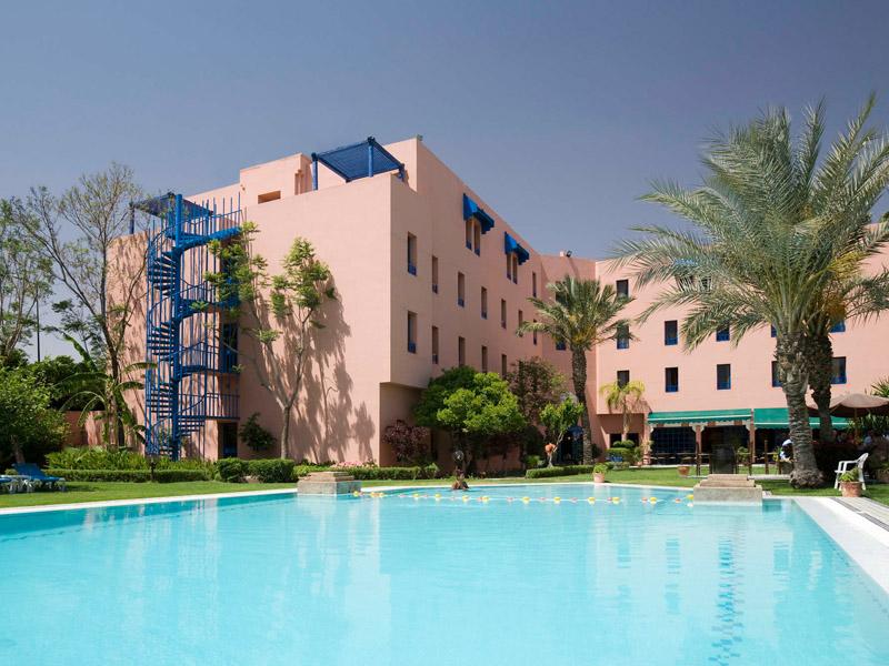 Piscine hotel ibis Marrakech